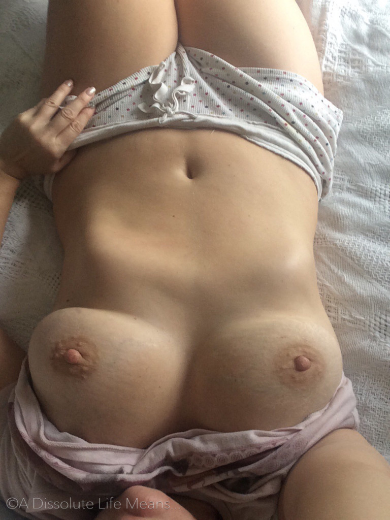 Hy and her big, naked boobs